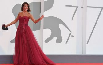 """Italian politician Nunzia De Girolamo arrives for the screening of the film """"Padrenostro"""" presented in competition on the third day of the 77th Venice Film Festival, on September 4, 2020 at Venice Lido, during the COVID-19 infection, caused by the novel coronavirus. (Photo by Tiziana FABI / AFP) (Photo by TIZIANA FABI/AFP via Getty Images)"""