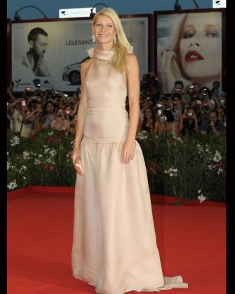 """VENICE, ITALY - SEPTEMBER 03:  Gwyneth Paltrow attends the """"Contagion"""" Premiere during the 68th Venice International Film Festival at Palazzo del Cinema on September 3, 2011 in Venice, Italy.  (Photo by Dominique Charriau/WireImage)"""