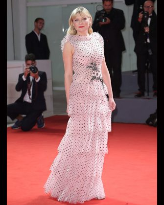 Kirsten Dunst walk the red carpet ahead of the 'Woodshock' screening during the 74th Venice Film Festival  in Venice, Italy, on September 4, 2017. (Photo by Matteo Chinellato/NurPhoto via Getty Images)