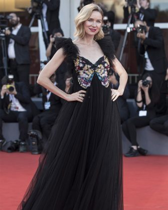 VENICE, ITALY - SEPTEMBER 08: Naomi Watts walks the red carpet ahead of the Award Ceremony during the 75th Venice Film Festival at Sala Grande on September 8, 2018 in Venice, Italy. (Photo by Alessandra Benedetti - Corbis/Corbis via Getty Images)