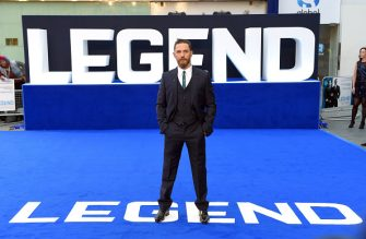 "LONDON, ENGLAND - SEPTEMBER 03:  Tom Hardy attends the world premiere of ""Legend"" at Odeon Leicester Square on September 3, 2015 in London, England.  (Photo by Karwai Tang/WireImage)"