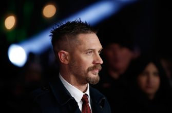 "LONDON, ENGLAND - JANUARY 14:  Actor Tom Hardy attends the UK Premiere of ""The Revenant"" at the Empire Leicester Square on January 14, 2016 in London, England.  (Photo by John Phillips/Getty Images)"