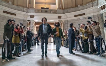 Il processo ai Chicago 7, il film candidato a 6 Oscar con Sacha Baron Cohen