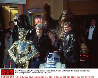 1/18/97 Los Angeles, Ca George Lucas, Mark Hamill, Carrie Fisher, and the characters at the premiere of the New Star Wars.