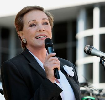 """Actress Julie Andrews speaks at the New York Times 3rd Annual """"Great Read"""" held at Columbia University on October 14, 2007 in New York City (Photo by Jemal Countess/WireImage)"""
