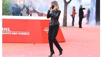 "ROME, ITALY - OCTOBER 24: Serena Autieri attends the ""La Storia Di Olaf"" red carpet during the 18th Alice Nella Città on October 24, 2020 in Rome, Italy. (Photo by Daniele Venturelli/WireImage,)"