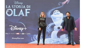 """ROME, ITALY - OCTOBER 24: Serena Autieri and Enrico Brignano attend the """"La Storia Di Olaf"""" red carpet during the 18th Alice Nella Città on October 24, 2020 in Rome, Italy. (Photo by Stefania M. D'Alessandro/Getty Images for RFF)"""