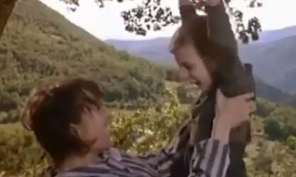 """Il video di Ferzan Ozpetek: """"Torneremo ad abbracciarci!"""""""
