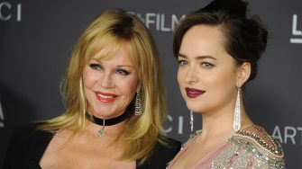 LOS ANGELES, CA - NOVEMBER 04:  Melanie Griffith and Dakota Johnson arrive at the 2017 LACMA Art + Film Gala honoring Mark Bradford and George Lucas at LACMA on November 4, 2017 in Los Angeles, California.  (Photo by Gregg DeGuire/WireImage)