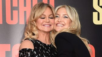 """LOS ANGELES, CA - MAY 10:  Actresses Goldie Hawn (L) and her daughter Kate Hudson arrive at the premiere of 20th Century Fox's """"Snatched"""" at the Village Theatre on May 10, 2017 in Los Angeles, California.  (Photo by Kevin Winter/Getty Images)"""