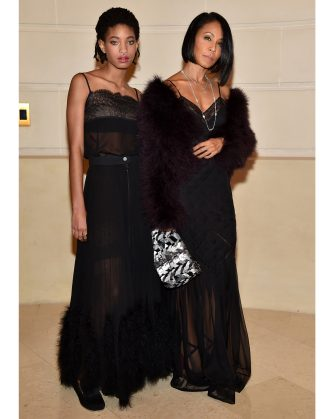 """PARIS, FRANCE - DECEMBER 06:  Willow Smith and Jada Pinkett Smith attend  """"Chanel Collection des Metiers d'Art 2016/17 : Paris Cosmopolite"""" Show on December 6, 2016 in Paris, France.  (Photo by Pascal Le Segretain/Getty Images)"""