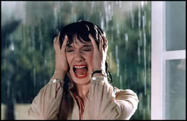Prod DB © Sigma Cinematografica Roma / DR TENEBRES (TENEBRE) de Dario Argento 1982 ITA avec Daria Nicolodi femme terrifiée, hurler de peur, terreur, pluie, femme mouillée