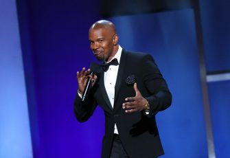 US actor Jamie Foxx speaks on stage during the 47th American Film Institute (AFI) Life Achievement Award Gala at the Dolby theatre in Hollywood on June 6, 2019. (Photo by Jean-Baptiste LACROIX / AFP)        (Photo credit should read JEAN-BAPTISTE LACROIX/AFP via Getty Images)