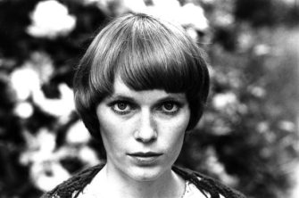 American actress Mia Farrow, 1972. (Photo by Michael Ward/Getty Images)