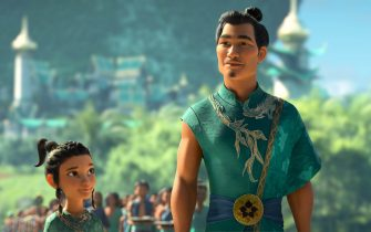 """Young Raya looks up to her beloved father Benja, Chief of the Heart Lands. Benja, the legendary Guardian of the Dragon Gem, is an idealistic and bold visionary who seeks to reunite the fractured kingdom of Kumandra and restore harmony. Featuring Daniel Dae Kim as the voice of Chief Benja, Walt Disney Animation Studios' """"Raya and the Last Dragon"""" will be in theaters and on Disney+ with Premier Access on March 5, 2021. © 2021 Disney. All Rights Reserved."""