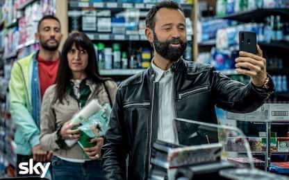 Genitori vs Influencer, la recensione del film con Fabio Volo