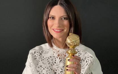 Laura Pausini ha ricevuto il Golden Globe: la foto