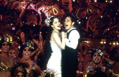 """""""Moulin Rouge"""" compie vent'anni: le canzoni più belle del musical"""