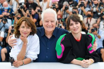 """CANNES, FRANCE - JULY 08: Sophie Marceau, Andre Dussollier and Geraldine Pailhas attend the """"Tout S'est Bien Passe (Everything Went Fine)"""" photocall during the 74th annual Cannes Film Festival on July 08, 2021 in Cannes, France. (Photo by Stephane Cardinale - Corbis/Corbis via Getty Images)"""