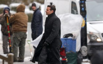 """Buffalo, NY  - *EXCLUSIVE*  - Bradley Cooper and Rooney Mara film """"Nightmare Alley"""" in Buffalo, NY.  Pictured: Bradley Cooper  BACKGRID USA 28 FEBRUARY 2020   BYLINE MUST READ: Patriot Pics / BACKGRID  USA: +1 310 798 9111 / usasales@backgrid.com  UK: +44 208 344 2007 / uksales@backgrid.com  *UK Clients - Pictures Containing Children Please Pixelate Face Prior To Publication*"""