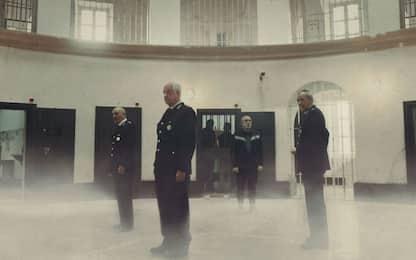 Ariaferma, il trailer del film con Toni Servillo e Silvio Orlando