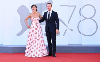 """VENICE, ITALY - SEPTEMBER 02: Sophie Hunter and Benedict Cumberbatch attend the red carpet of the movie """"The Power Of The Dog"""" during the 78th Venice International Film Festival on September 02, 2021 in Venice, Italy. (Photo by Daniele Venturelli/WireImage)"""
