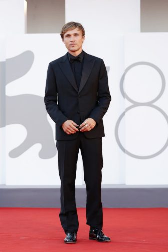 """VENICE, ITALY - SEPTEMBER 02: William Moseley attends the red carpet of the movie """"The Hand Of God"""" during the 78th Venice International Film Festival on September 02, 2021 in Venice, Italy. (Photo by Vittorio Zunino Celotto/Getty Images)"""