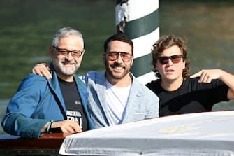 VENICE, ITALY - SEPTEMBER 10: Fortunato Cerlino, Jeremy Piven and Alessio Della Valle arrive at the 78th Venice International Film Festival on September 10, 2021 in Venice, Italy. (Photo by Daniele Venturelli/WireImage)