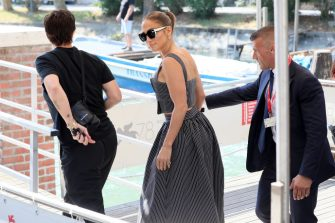 VENICE, ITALY - SEPTEMBER 10: Jennifer Lopez arrives at the 78th Venice International Film Festival on September 10, 2021 in Venice, Italy. (Photo by Ernesto Ruscio/Getty Images)