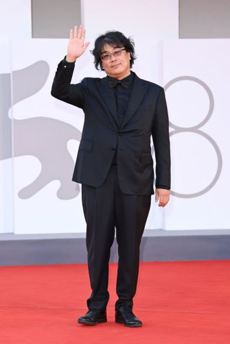VENICE, ITALY - SEPTEMBER 11: Venezia78 Jury President Bong Joon Ho attends the closing ceremony red carpet during the 78th Venice International Film Festival on September 11, 2021 in Venice, Italy. (Photo by Daniele Venturelli/WireImage)