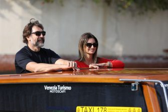 VENICE, ITALY - SEPTEMBER 11: Javier Bardem and Penélope Cruz arrive at the 78th Venice International Film Festival on September 11, 2021 in Venice, Italy. (Photo by Marc Piasecki/Getty Images)