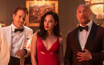 Red Notice, una clip del film con The Rock, Ryan Reynolds e Gal Gadot