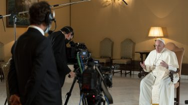 Stories of a Generation con Papa Francesco_Episodio 1 Love_Papa Francesco