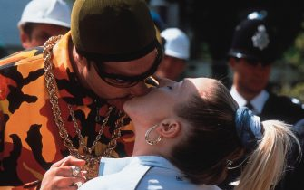 """©Universal Pictures International 2001/SUPPLIED BY ALPHA 070000 ALI G (SACHA BARON COHEN) -""""Ali G Inda House"""" Film"""