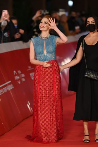 """ROME, ITALY - OCTOBER 14: Jessica Chastain attends the Re Carpet of the movie """"The Eyes Of Tammie Fay"""" during the 16th Rome Film Fest 2021 on October 14, 2021 in Rome, Italy. (Photo by Daniele Venturelli/Daniele Venturelli/Getty Images )"""