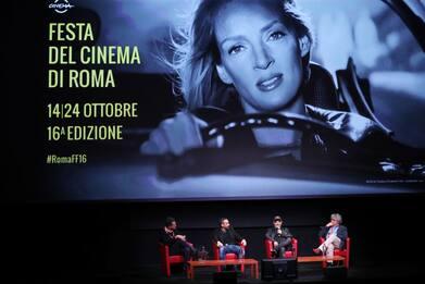 Festa del cinema di Roma, ovazione per l'anteprima di Diabolik