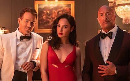 Red Notice, nuovo trailer del film con The Rock e Ryan Reynolds