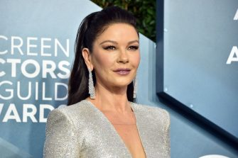 LOS ANGELES, CALIFORNIA - JANUARY 19: Catherine Zeta-Jones attends the 26th Annual Screen ActorsGuild Awards at The Shrine Auditorium on January 19, 2020 in Los Angeles, California. 721430 (Photo by Gregg DeGuire/Getty Images for Turner)