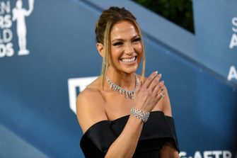 LOS ANGELES, CALIFORNIA - JANUARY 19: Jennifer Lopez attends the 26th Annual Screen ActorsGuild Awards at The Shrine Auditorium on January 19, 2020 in Los Angeles, California. 721384 (Photo by Mike Coppola/Getty Images for Turner)