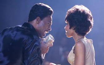 (L to R) Eddie Murphy as Jimmy, Anika Noni Rose as Lorrell.