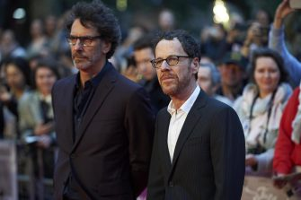 epa07089069 (L-R) Joel Coen and Ethan Coen arrive for the premiere of The Ballad of Buster Scruggs at The BFI London film festival in central London, Britain, 12 October 2018.  EPA/NIKLAS HALLEN