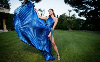 CAP D'ANTIBES, FRANCE - MAY 17:  Sara Sampaio poses for portraits at the amfAR Gala Cannes 2018 cocktail at Hotel du Cap-Eden-Roc on May 17, 2018 in Cap d'Antibes, France.  (Photo by Pascal Le Segretain/amfAR/WireImage for amfAR)