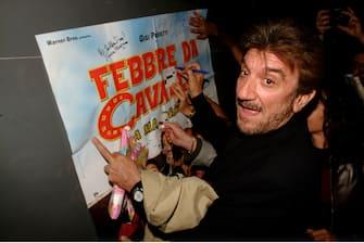 """ROMA - NOVEMBRE 2002 """"FEBBRE DA CAVALLO"""" prima cinematografica GIGI PROIETTI © MAURO CRINELLA"""