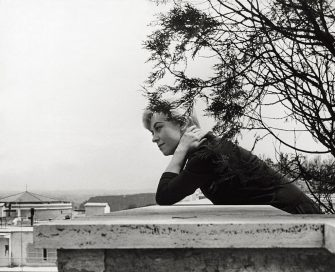 The Italian actress Giulietta Masina posing on the terrace of his home. Rome, 1961 (Photo by Paolo di Paolo/Mondadori via Getty Images)