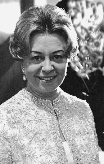 NEW YORK, NY - DECEMBER 20:  Actress Giulietta Masina posing for a portrait on December 20,1967 in New York, New York. (Photo by Santi Visalli/Getty Images)