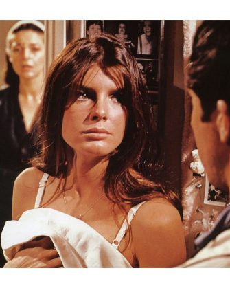 THE GRADUATE 1967 Embassy/United Artists film with from left Anne Bancroft, Katharine Ross and Dustin Hoffman