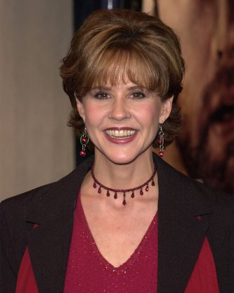 """382812 25: Actress Linda Blair arrives for the premiere of """"Cast Away"""" December 7, 2000 in Los Angeles, CA. (Photo by Vince Bucci/Newsmakers)"""
