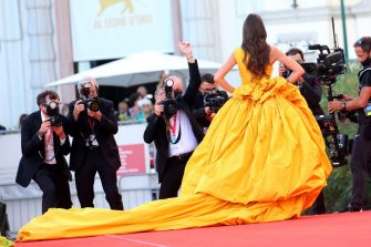 """VENICE, ITALY - SEPTEMBER 01: Bianca Balti  attends the red carpet of the movie """"Madres Paralelas"""" during the 78th Venice International Film Festival on September 01, 2021 in Venice, Italy. (Photo by Franco Origlia/Getty Images)"""
