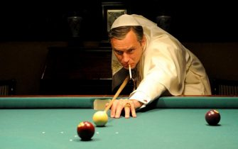 """Una immagine di scena di """"The Young Pope"""", l'attesa serie in dieci puntate firmata dal premio Oscar Paolo Sorrentino con protagonista Jude Law (Pio XIII), in onda dal 21 ottobre su Sky Atlantic HD.  ANSA/UFFICIO STAMPA +++ ANSA PROVIDES ACCESS TO THIS HANDOUT PHOTO TO BE USED SOLELY TO ILLUSTRATE NEWS REPORTING OR COMMENTARY ON THE FACTS OR EVENTS DEPICTED IN THIS IMAGE; NO ARCHIVING; NO LICENSING +++"""