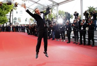 epa06733118 Roberto Benigni arrives for the screening of 'Happy As Lazzaro (Lazzaro Felice)' during the 71st annual Cannes Film Festival, in Cannes, France, 13 May 2018. The movie is presented in the Official Competition of the festival which runs from 08 to 19 May.  EPA/FRANCK ROBICHON